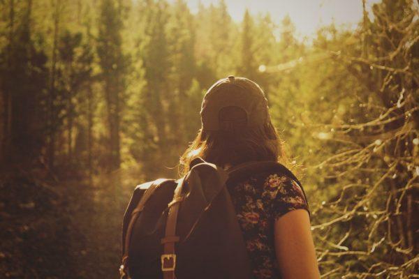 Verre reizen: Voorkomen of compenseren?